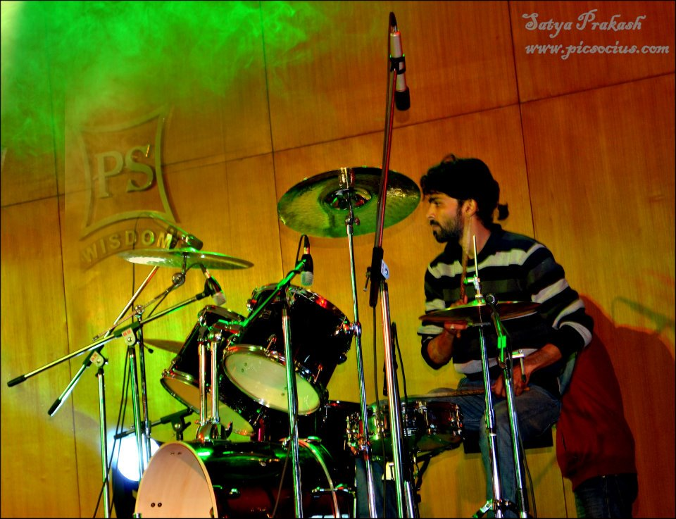 Rudraksh Band