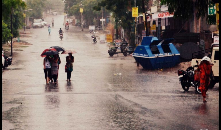 Rainography 2012 – Monsoon finally arrives in Udaipur
