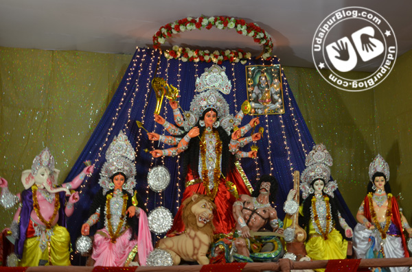 [Pictures] The Grandeur of Durga Puja 2012
