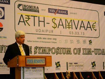 Mr. Nipun Mehta, delivering the Keynote address at Arth-Samvaad 2013