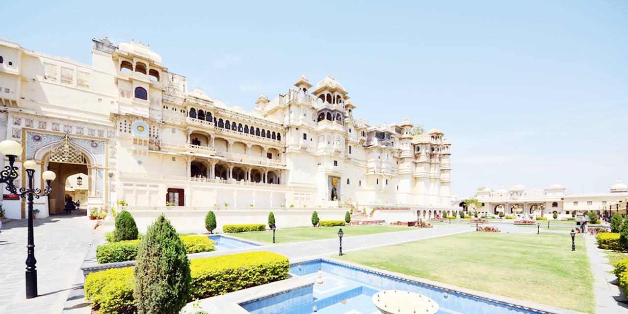 city-palace-udaipur
