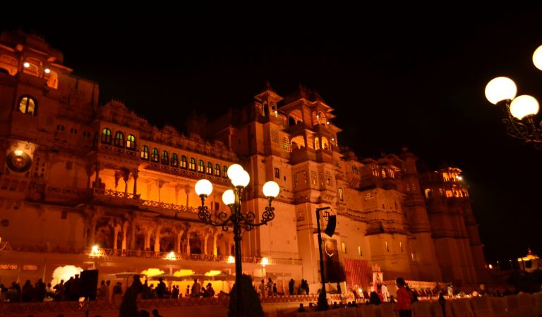 [Video] The City Palace Museum Udaipur