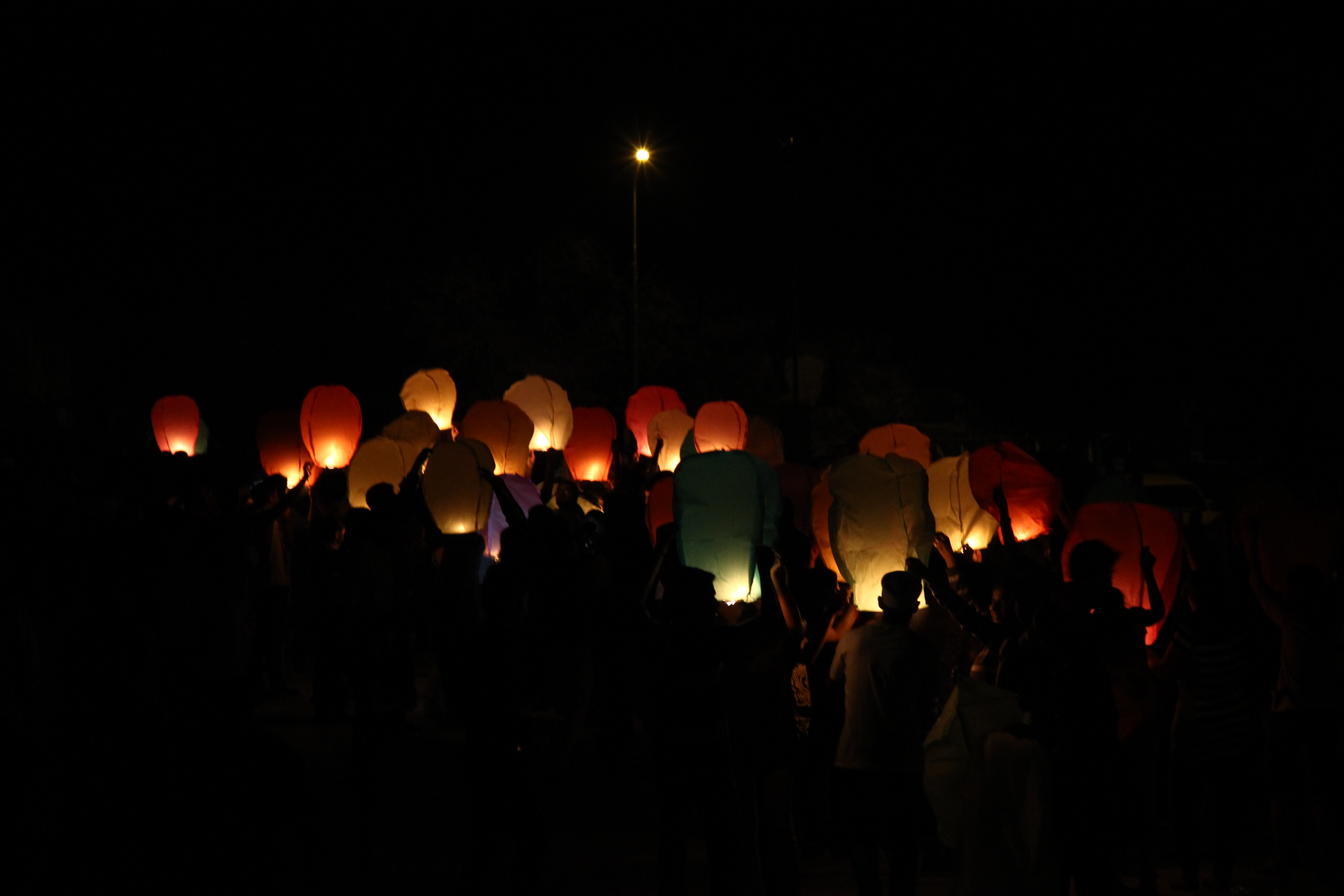 [Updated Photos] Sky Full of Lighters – 2013