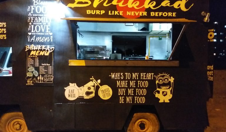 Getting along with the food truck fad – Here's a list of Udaipur's food trucks