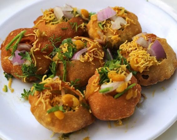 14 Places To Have The Best Pani Puri in Udaipur