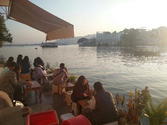 Best Places to have summer drinks in Udaipur