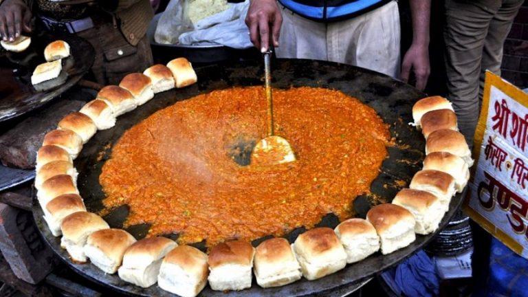 Best Street Food Markets in Udaipur