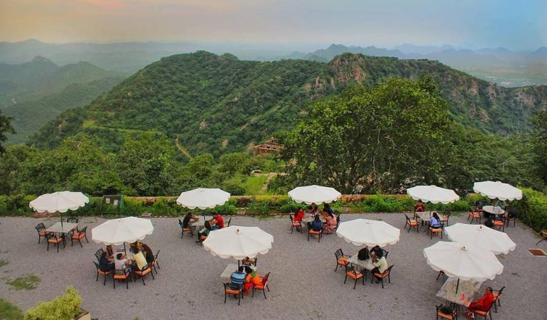 Chunda Palace Café:  The Hunger Savior at Sajjangarh