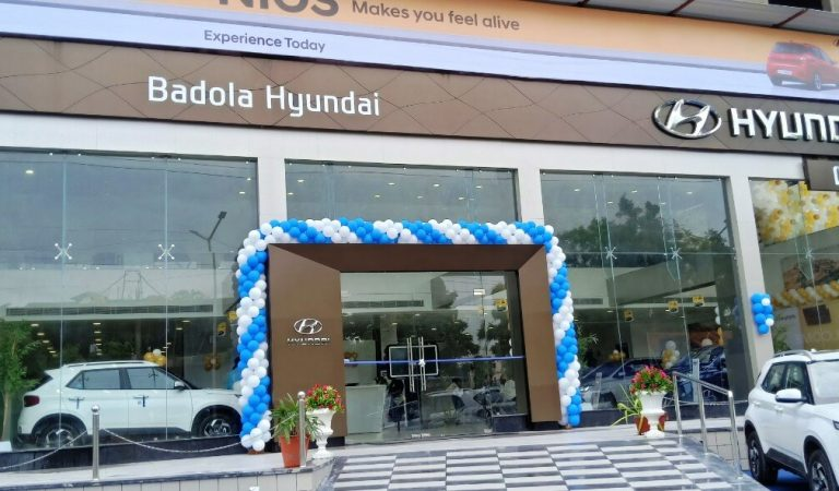 Badola Hyundai launched its first showroom in Udaipur