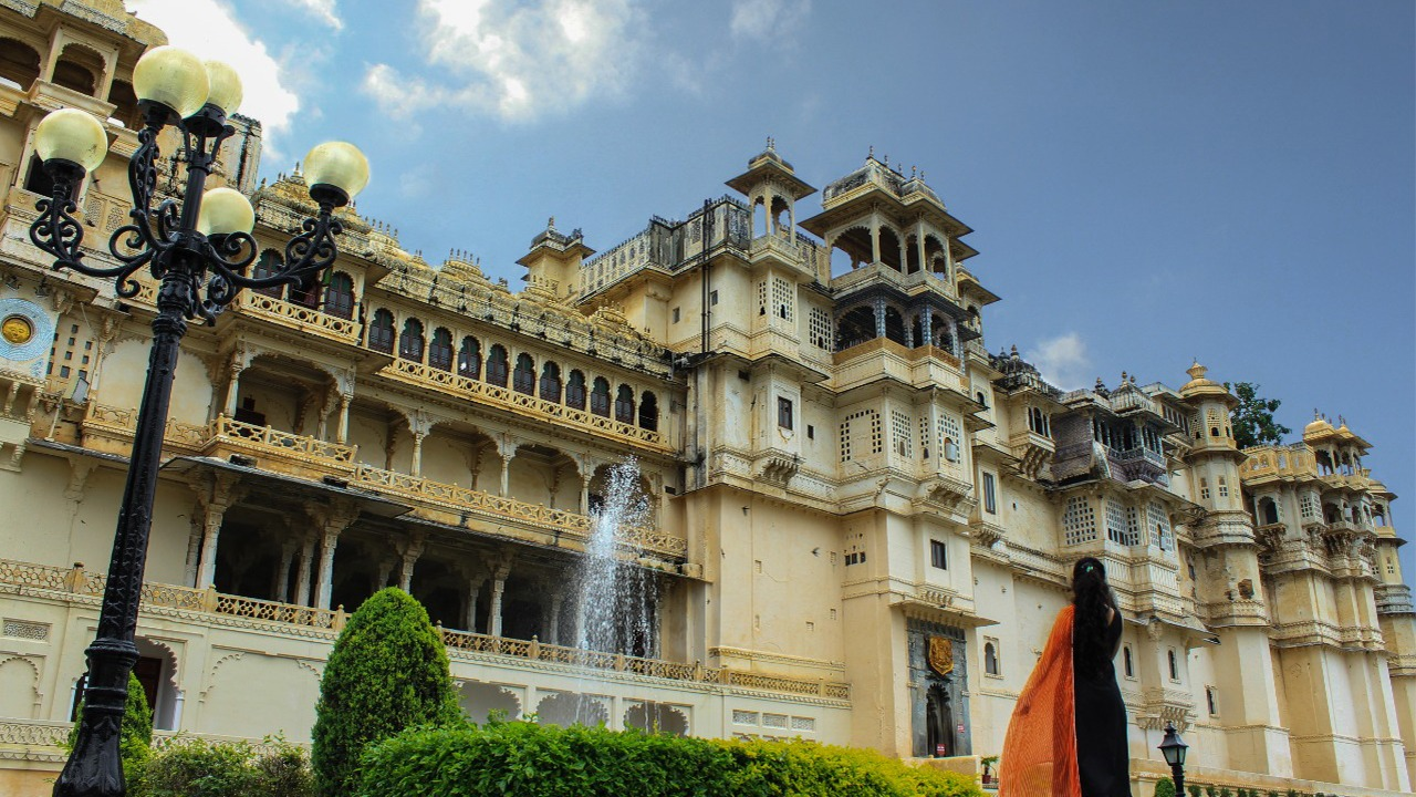 10 stunning pictures that prove why City Palace is Udaipur's favourite tourist spot